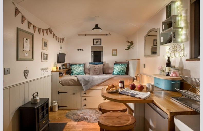 The Shepherds Hut Retreat - Image 4