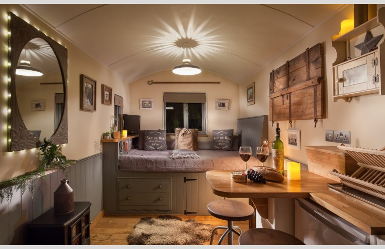 The Shepherds Hut Retreat - Image 16