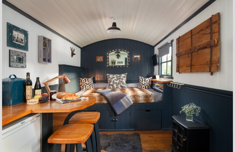 The Shepherds Hut Retreat - Image 6