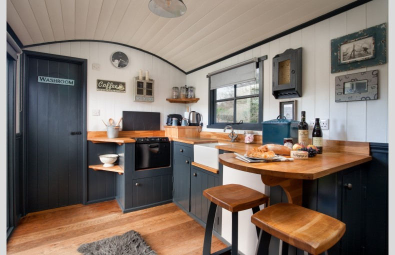The Shepherds Hut Retreat - Image 8