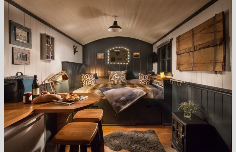 The Shepherds Hut Retreat - Image 10