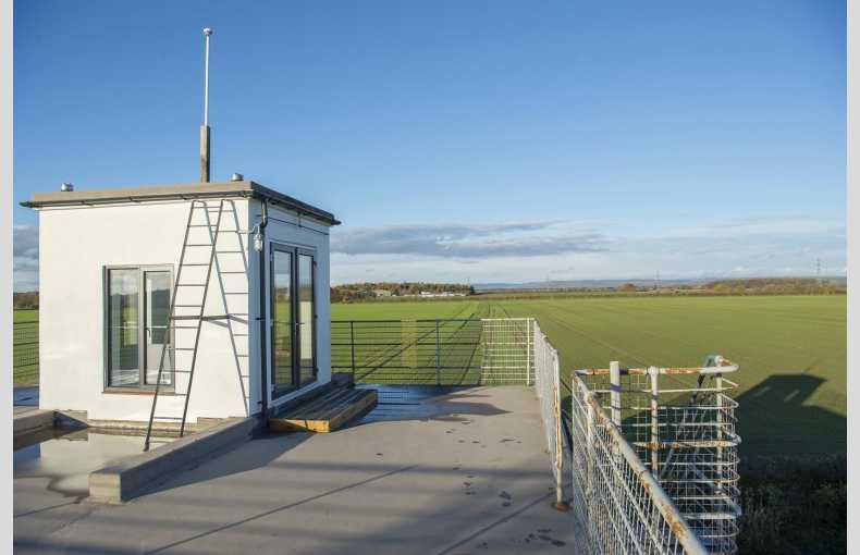 Tholthorpe Control Tower - Image 12