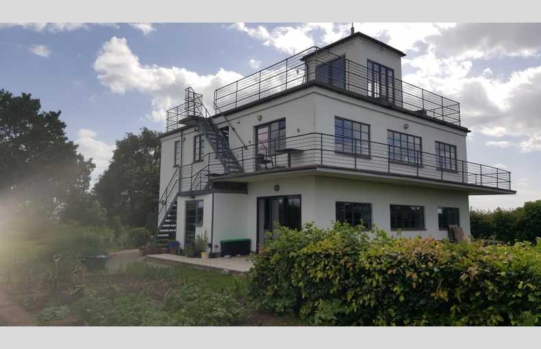 Tholthorpe Control Tower - Image 20