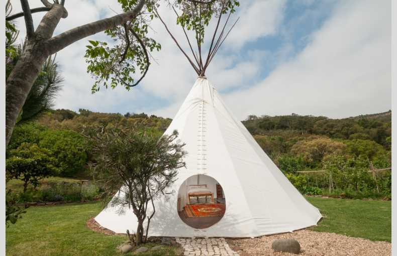 Tipi Valley - Image 3