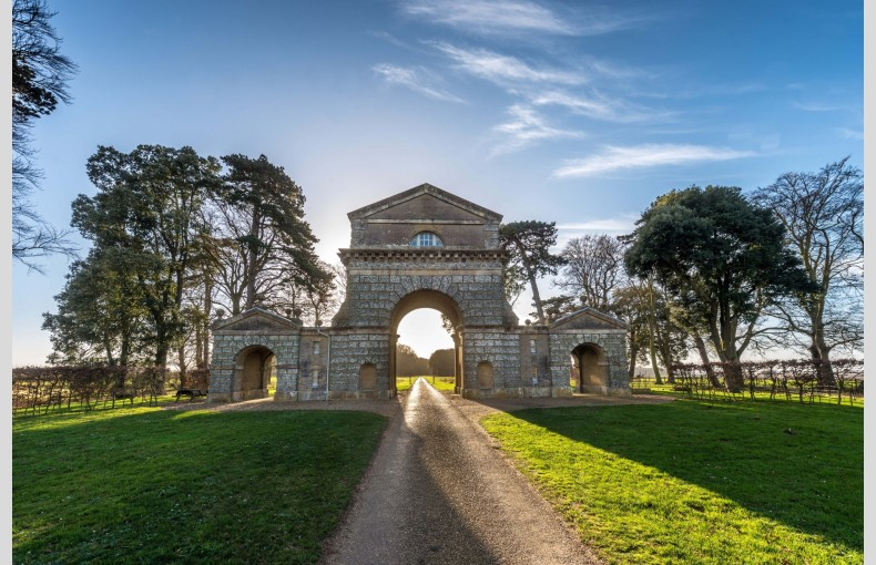 The Triumphal Arch - Image 2