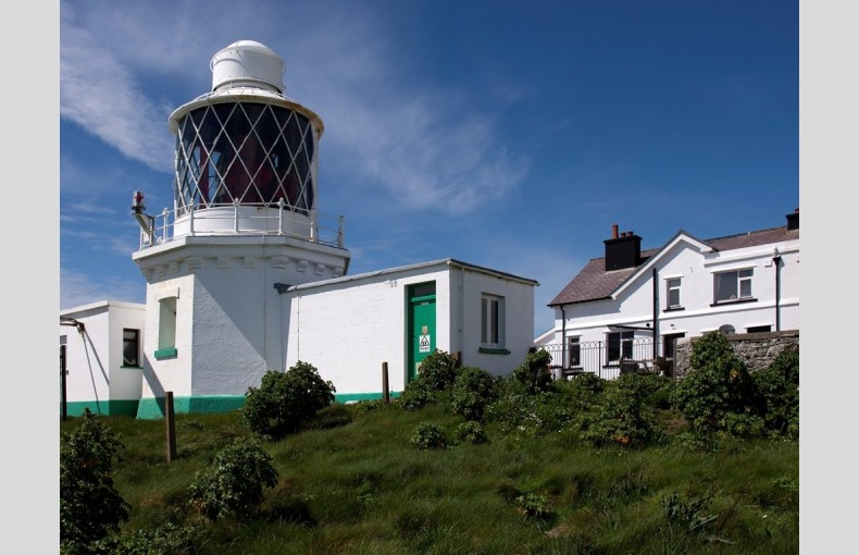 West Wales Lighthouse Cottage - Image 1