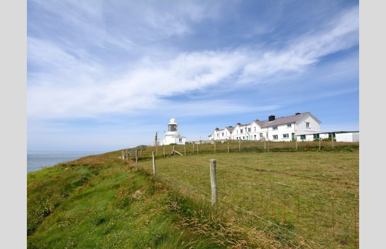 West Wales Lighthouse Cottage - Image 6