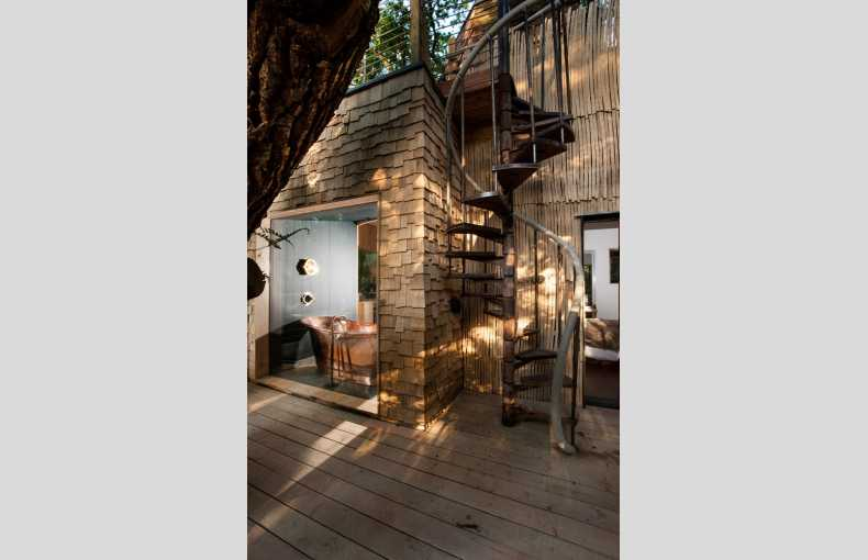 The Woodman's Treehouse - Image 9