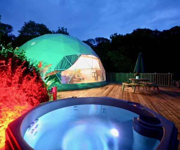 Ten UK Glamping Havens to Stretch Out Your Summer