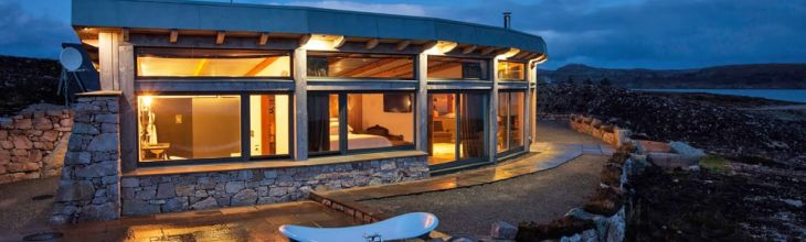 New to Host Unusual: Lochside Luxury, Log Cabins and Woodland Adventures