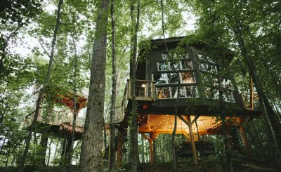 New to Host Unusual: Time-Travel, Treehouses and Beachfront Architecture