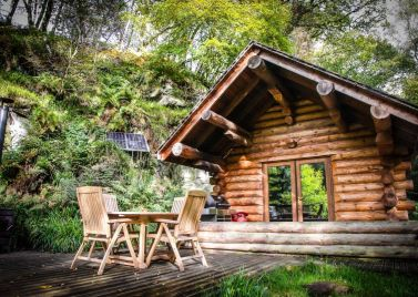 Shank Wood Log Cabin