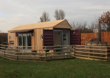 Lee Wick Farm Cottages and Glamping