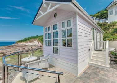 Beach Cove Coastal Retreat