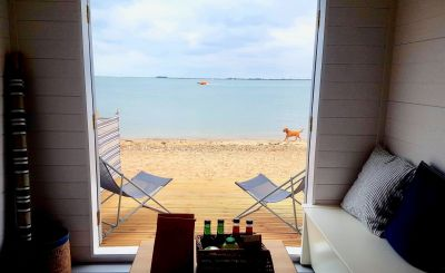 Top Tips for Hiring a Day Use Beach Hut - and Where to Stay!