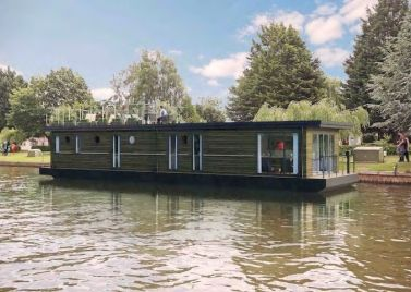 Windsor Houseboat