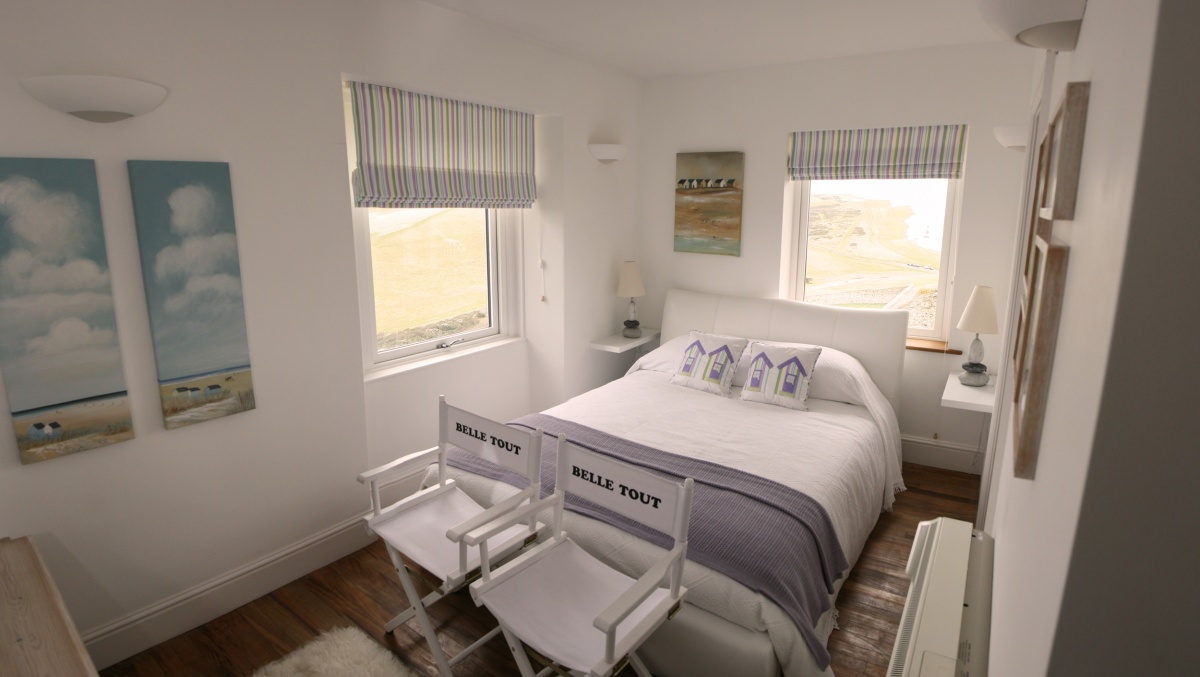 Belle tout lighthouse b b beachy head east sussex for Belle bedroom ideas