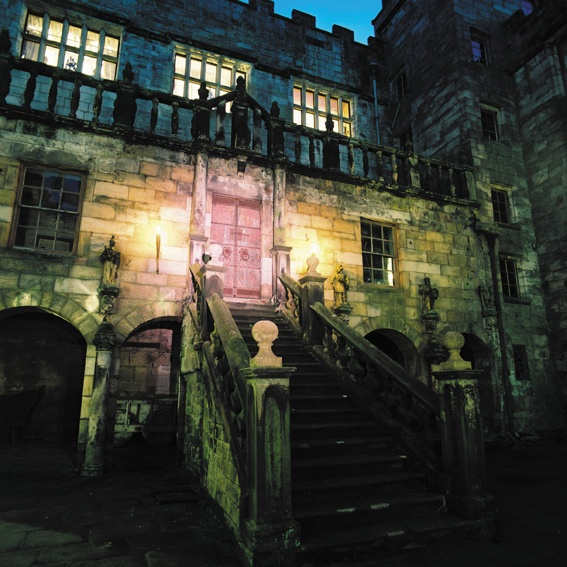 Blog-Halloween-Chillingham-Castle.jpg