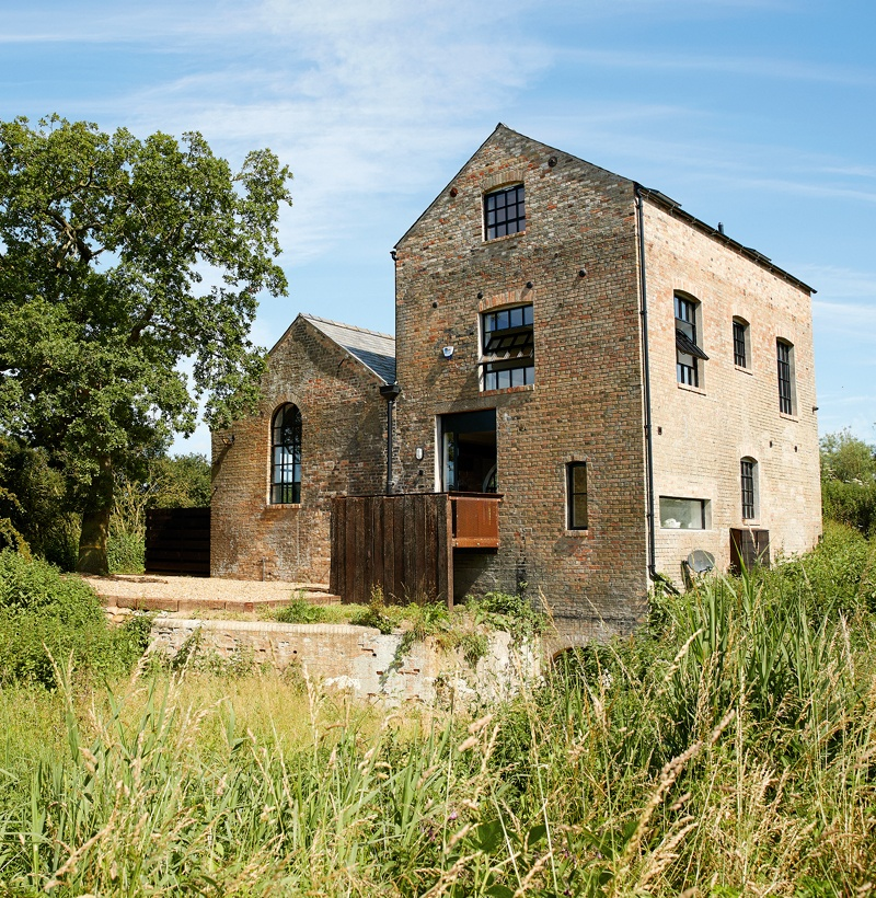 The-Pumphouse-side.jpg