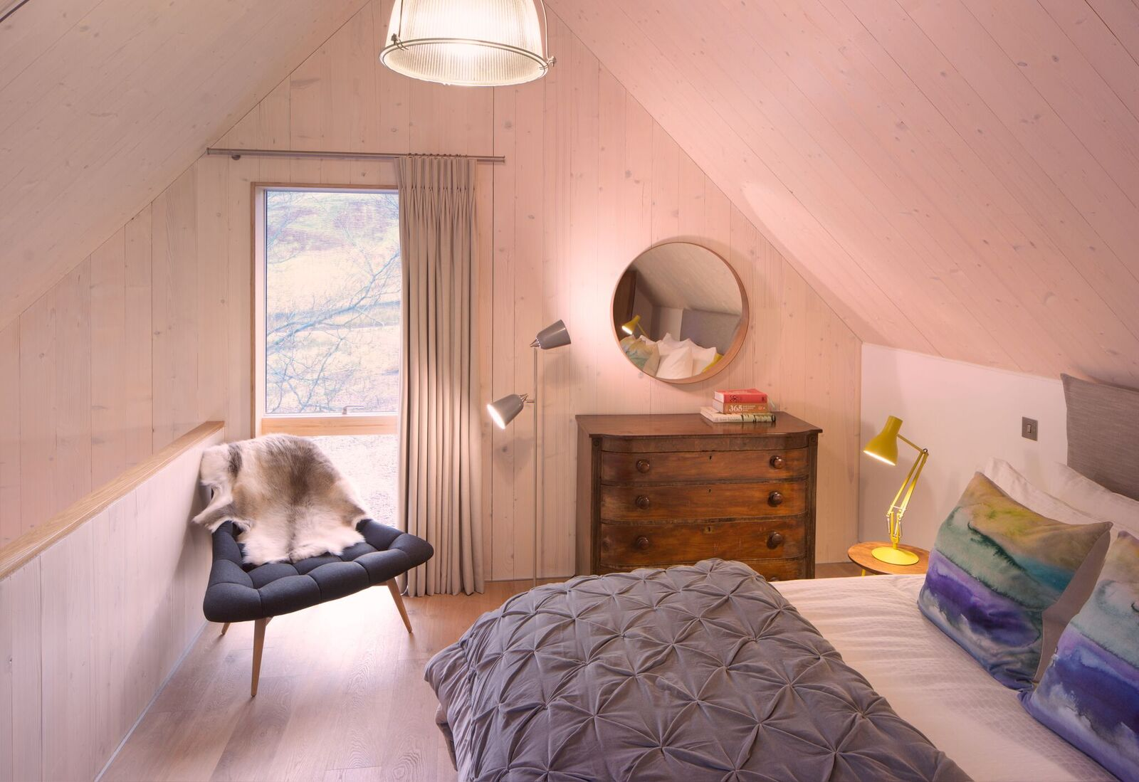 westside-woodshed-bedroom.jpg